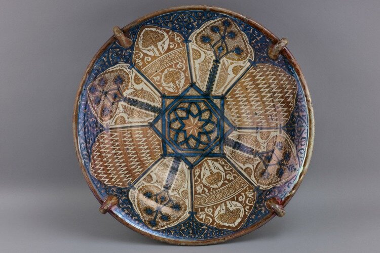 """Bowl,"" 1370s, Spain (Manises), tin-glazed earthenware with cobalt and luster, Courtesy of The Hispanic Society of America, New York."