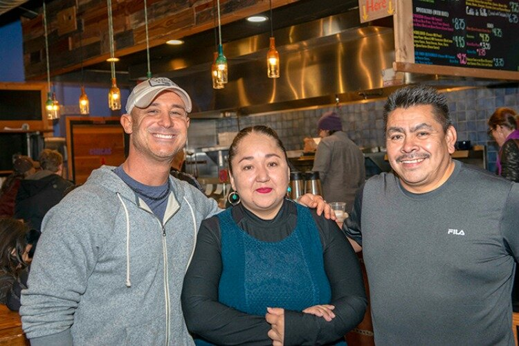 Soapbox contributor Liz McEwan won an award for her story about Mazunte Taqueria in the November 27th issue.