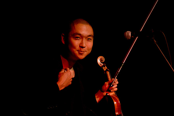 Eddy Kwon performs at the Contemporary Arts Center