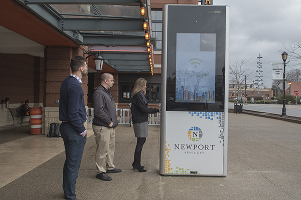 The area's first smartLINK portal was installed at Newport On the Levee last December.