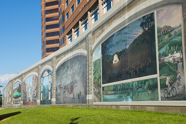 Roebling Murals at Riverside Drive