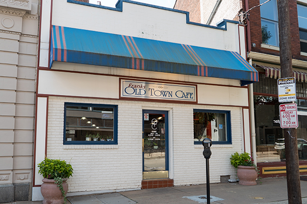 Old Town Cafe on Pike has been serving the daytime business crowd for almost 30 years.