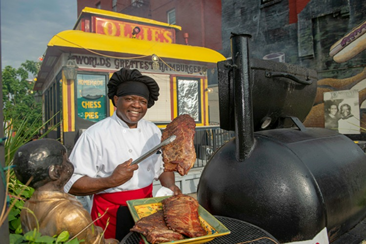 Marvin Smith perfects his signature ribs