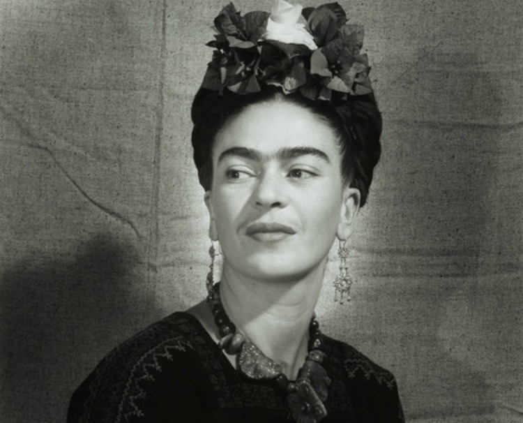 Frida Kahlo, ca. 1940, gelatin silver print, 12.5 x 10.5 in., Cincinnati Art Museum; Museum Purchase, 1986.580
