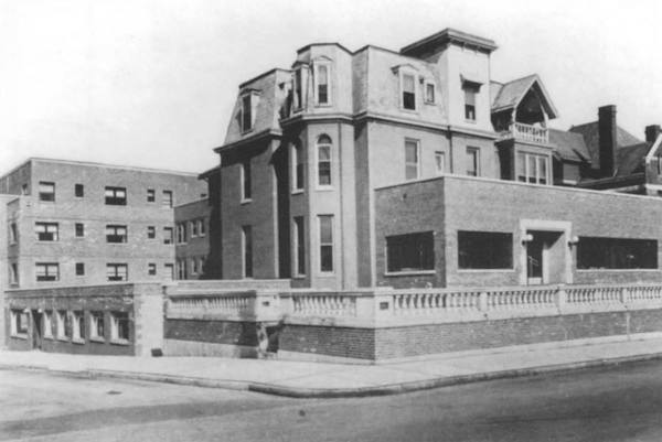 African-American-owned Manse Hotel on Chapel Street, circa 1950s