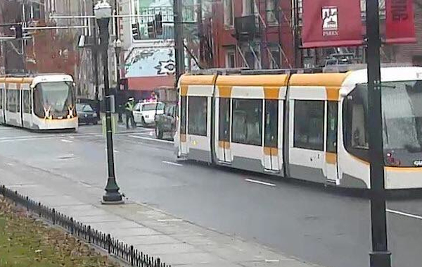 Cincinnati streetcars will begin carrying passengers later this year