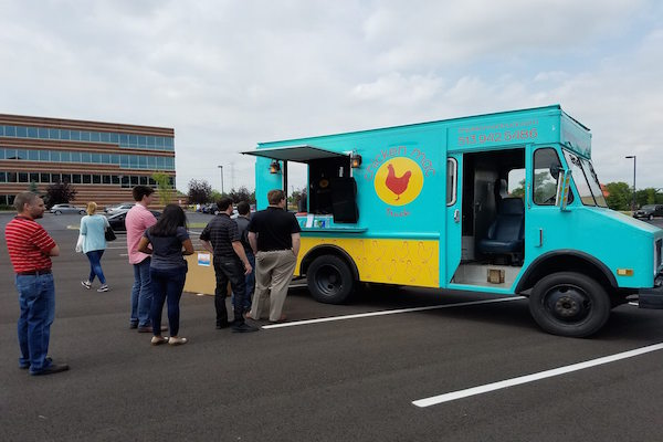 Mac N Cheese Food Truck Makes Its Rounds About Town