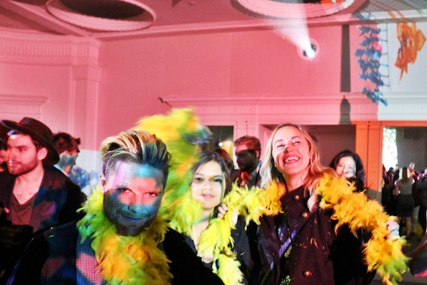 NYE party-goers enjoy MOMENTUM at 21c.